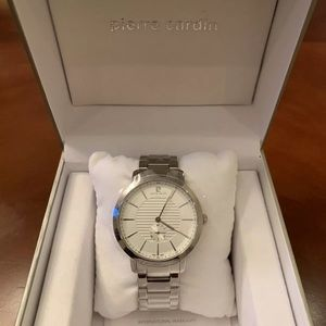 Pierre Cardin true couture round silver watch NEW